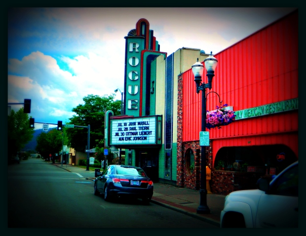 Rogue Theatre Grants Pass Oregon