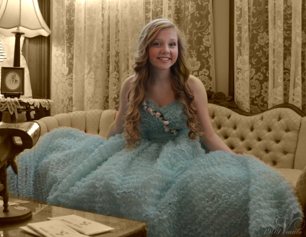 blue.dress