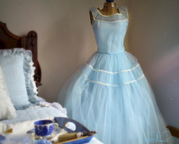 2blue.dress.vintage