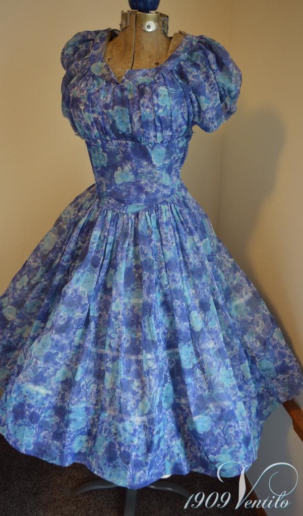 blue.dress1950.prom