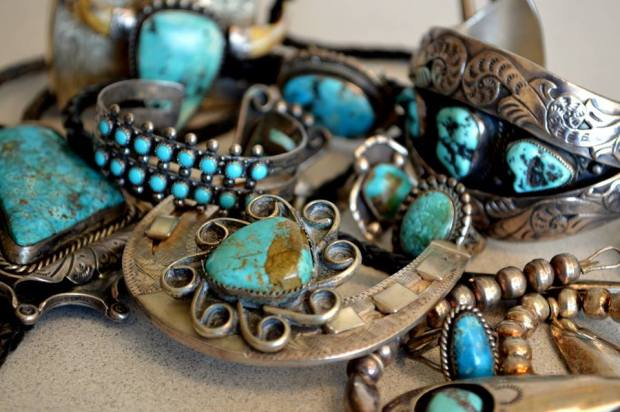 photo of vintage turquoise courtesy of Ola.com