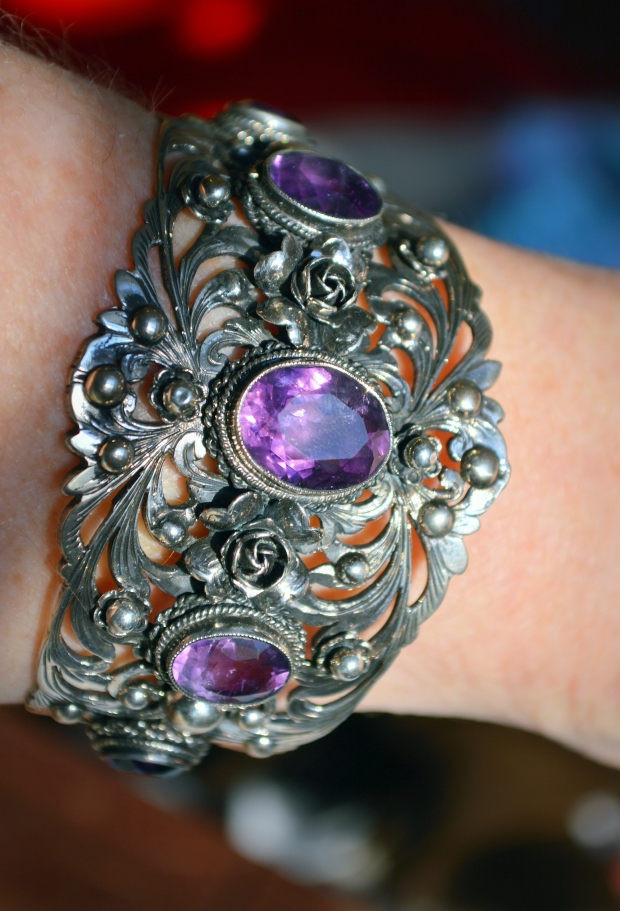 Peruzzi.bracelet.ametyst