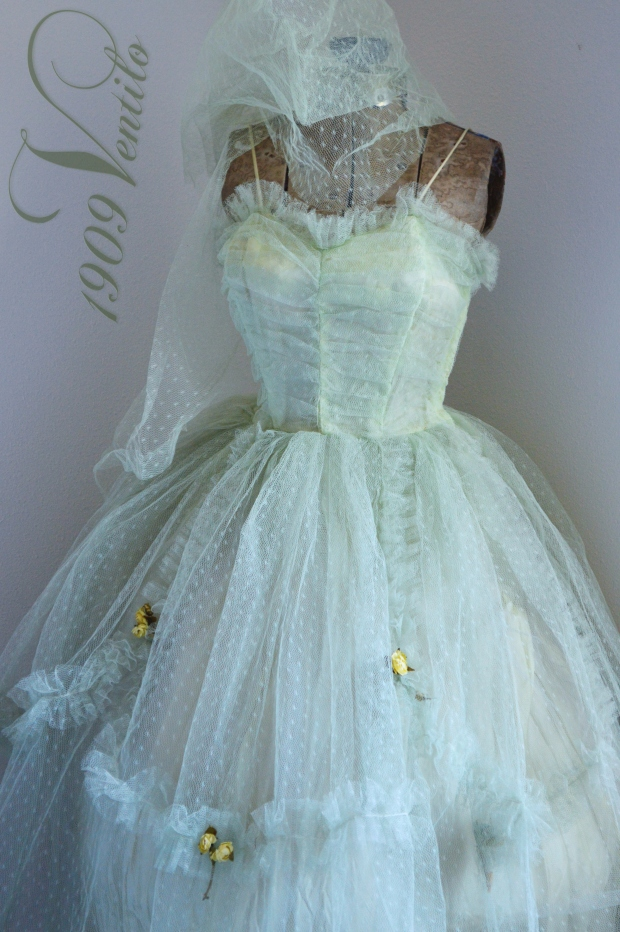 1green.prom.1950s-001
