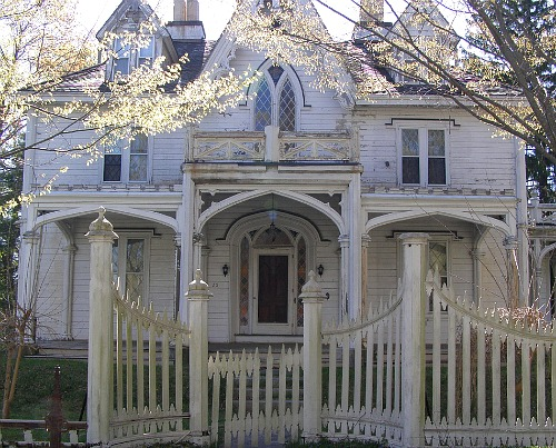 Save-the-Mason-House-Gothic-Revival-Connecticut.1