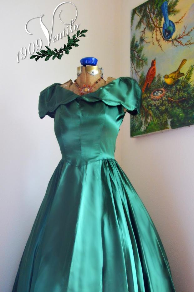 green.dress.1909ventilo
