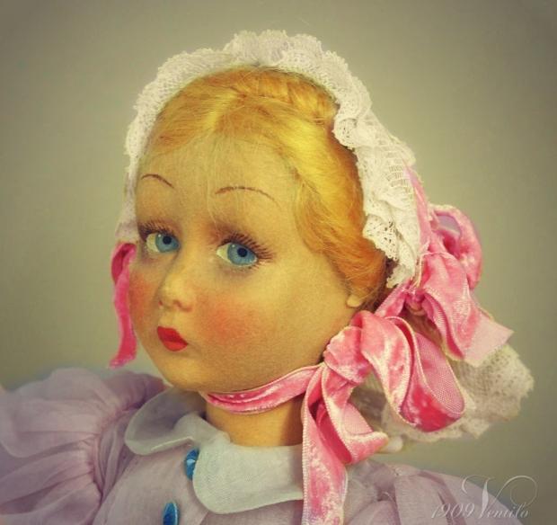 Lenci.doll