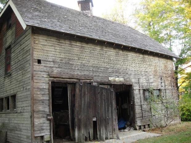 old.barn