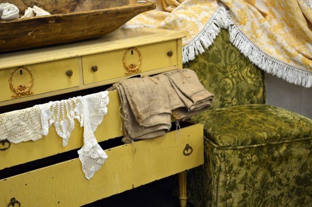 yellow.vintage