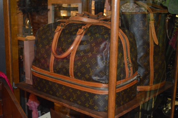 vintage.louis.vuitton.jpg