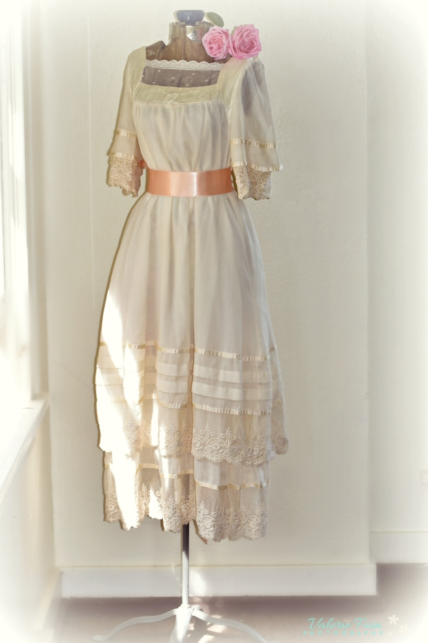 Apparently, my prom dress is 40 years old… Gunne Sax, Prom 1978 ...